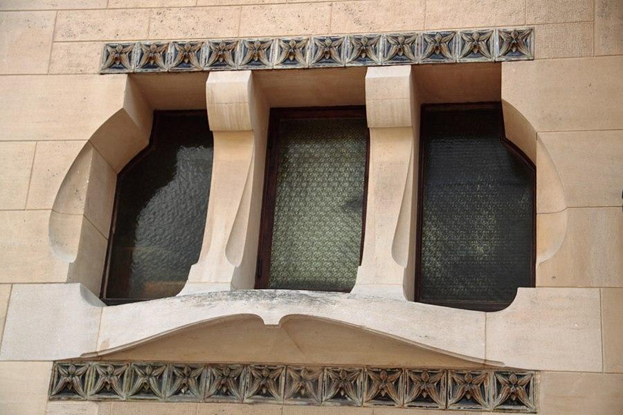 Détail d'une fenêtre de la villa Majorelle