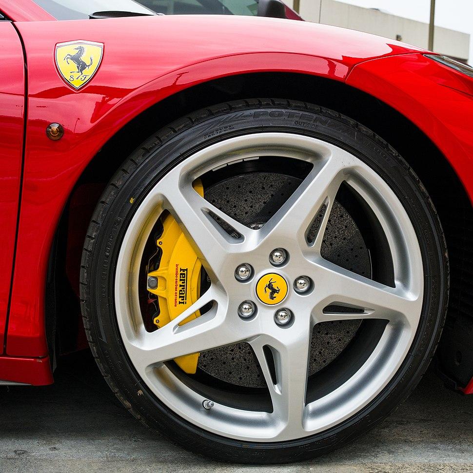Ferrari 458 Italia Spider (13614906785)