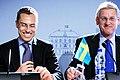 Finlands utrikesminister Alexander Stubb och Sveriges utrikesminister Carl Bildt under Nordiska Radets session i Reykjavik pa Island 2010-11-03.jpg