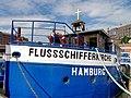 Flussschifferkirche Hamburg Glocke und Kreuz.jpg