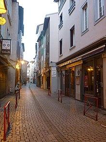 Foix wikivoyage le guide de voyage et de tourisme for Piscine foix