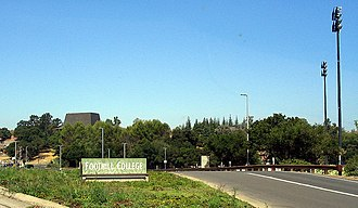 Foothill College - Foothill College entrance
