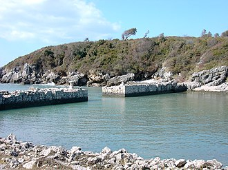 Formia - Remains of the ancient Roman port in the Gianola park
