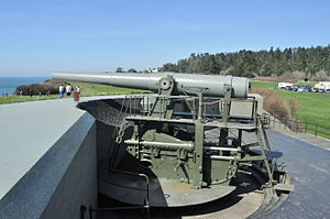 Fort Williams (Maine) - 10-inch disappearing gun at Fort Casey, Washington state, similar to those at Fort Williams.