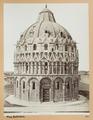 Fotografi föreställande baptisterium i Pisa - Hallwylska museet - 102853.tif
