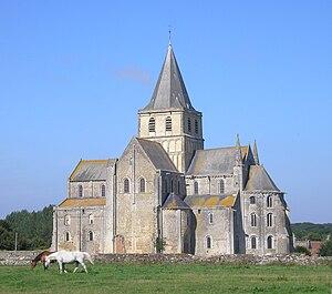 Cerisy-la-Forêt - Image: France Normandie Cerisy La Foret Abbaye