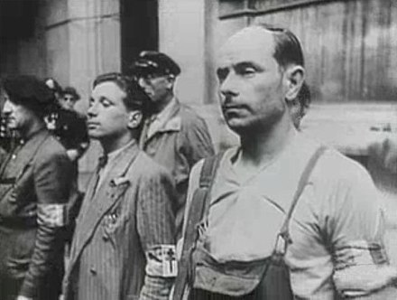 French resistance fighters in Paris at the Hotel de Ville, 1944. French resistance during Paris Uprising 1944.jpg