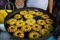 Frying Amriti - Dum Dum - Kolkata 2012-04-22 2208.JPG