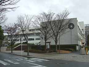 Fukuoka Jyoto High School01.jpg
