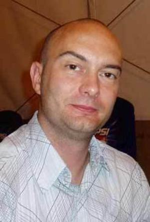 Gary Frank - Gary Frank at a convention in 2008