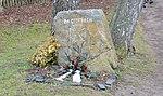 Gedenkstein bei Weddersleben.jpg