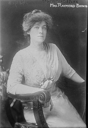 Gertrude Foster Brown - Image: Gertrude Foster Brown Mrs. Raymond Brown ca 1913