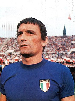Gigi Riva with Italy Team in Rome (ca. 1960s–70s).jpg