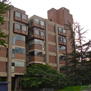 Richards Medical Research Laboratories -  The Goddard Laboratories, which are connected to the Richard Laboratories, have a similar but heavier appearance.