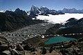Gokyo Ri-40-Berge-Ngozumpa-Gletscher-Seen-2007-gje.jpg