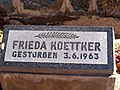 Grabstein Frieda Köttker.jpg