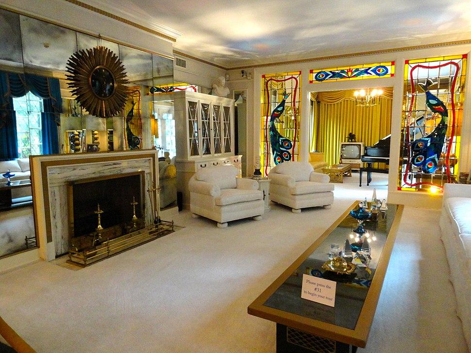 Graceland front room