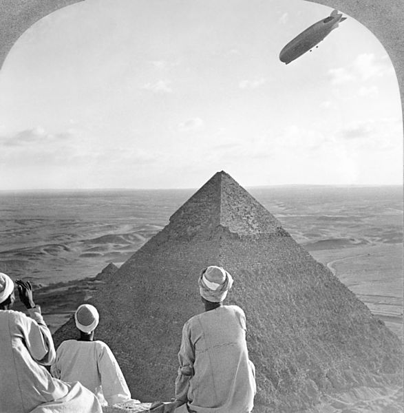 587px-Graf_Zeppelin_over_Pyramid2