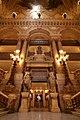 Grand escalier de l'opéra Garnier 2.jpg