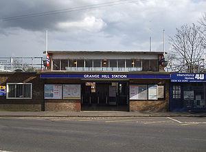 Grange Hill tube station - Entrance on Manor Road