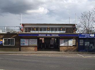Fairlop Loop - Image: Grange Hill stn entr