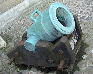 Mortier de 12 Gribeauval - 12-inches mortar (Mortier de 12 pouces Gribeauval) with cylindrical chamber, 1789, Les Invalides.