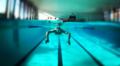 Héctor Ramírez Ballesteros nadando.png