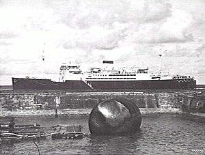 German attacks on Nauru - HMAS Manoora off Nauru in January 1941