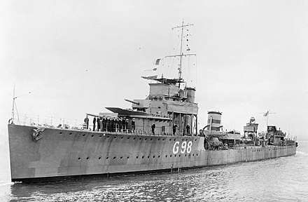 HMS Venomous, one of the World War I vintage British destroyers used in the evacuation HMS Venomous WWI IWM P 1975.jpg