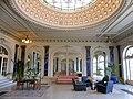 Hall d'entrée de l'ancien Hôtel Royal d'Aix-les-Bains (2018) 1.JPG
