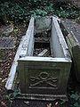 Highgate Cemetery 018.jpg