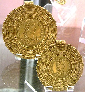 Galla Placidia - Medallions of Honorius and Galla Placidia, Ravenna, 425