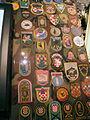 Hrvatski povijesni muzej 27012012 Domovinski rat 48 oznake brigada HV.jpg