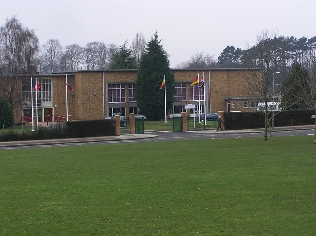 Hummersknott School, Edinburgh Drive - geograph.org.uk - 137046