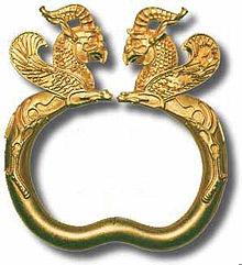Antico braccialetto iraniano risalente al 500 a.C.