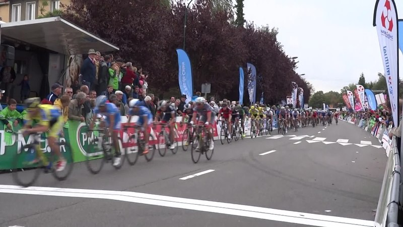 File:Isbergues - Grand Prix d'Isbergues, 21 septembre 2014 (D069A).ogv