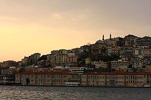 Cihangir - Image: Istanbul (8425285534)