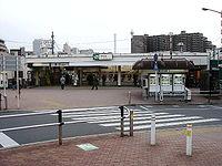 Itabashi station west-exit.jpg