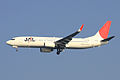 JAL B737-800(JA323J) (4082421937).jpg