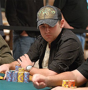 J. P. Kelly - Kelly playing in the $1,500 Pot-Limit Hold'Em at the 2009 WSOP