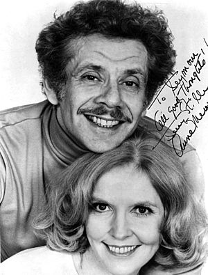 Stiller and Meara - Publicity photo of Jerry Stiller and Anne Meara with autograph, 1985