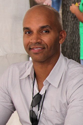 Kadir Nelson - Nelson at the 2017 Texas Book Festival