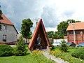 Kapliczka przed kościołem św Andrzeja Boboli. - panoramio.jpg