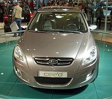 Kia cee'd Concept Front.JPG