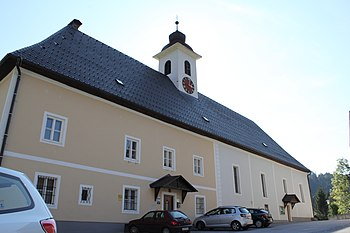 Kirche Pfarrhof Gams.JPG