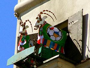 Koziołki ubrane we flagi z okazji EURO 2012