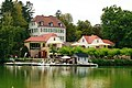 Kurpark Bad Nauheim 12 Teichhaus.jpg