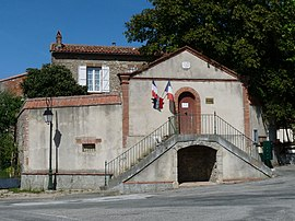 The town hall in Lagarde