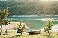 Lago di Fiastra e una barca.jpg