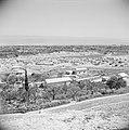 Landschap in de omgeving van Jericho. De vlakte van de Dode Zee. Het vluchteling, Bestanddeelnr 255-5613.jpg